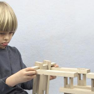 Spinifex - dřevěná stavebnice pro technicky talentované děti